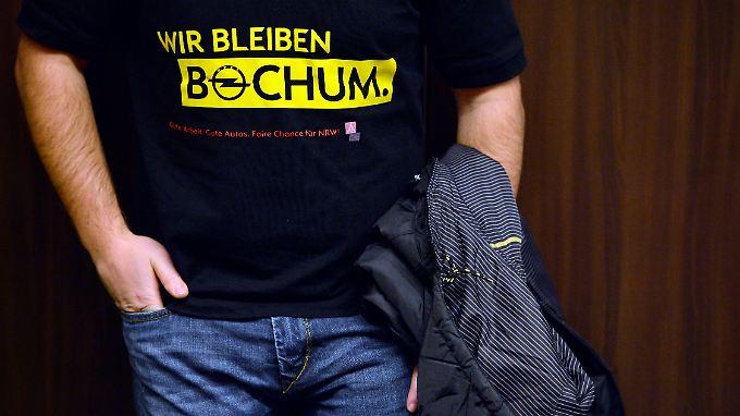 Traurig und trotzig: Bochums Opelaner machen sich Gedanken um ihre Zukunft.