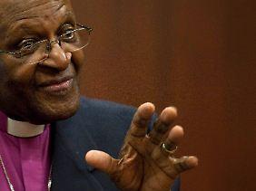 """Desmond Tutu: """"Die EU strebt nicht nach der Verwirklichung von Nobels globaler Friedensordnung ohne Militär."""""""