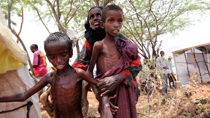 Hungersnöte wie in den 70er und 80er Jahren werden seltener, so die Deutsche Welthungerhilfe. Dennoch gibt es Ausnahmen, wie die Hungerkrise am Horn von Afrika 2011.
