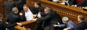Die Parlamentsleitung hat die Situation - gelinde gesagt - nicht im Griff.