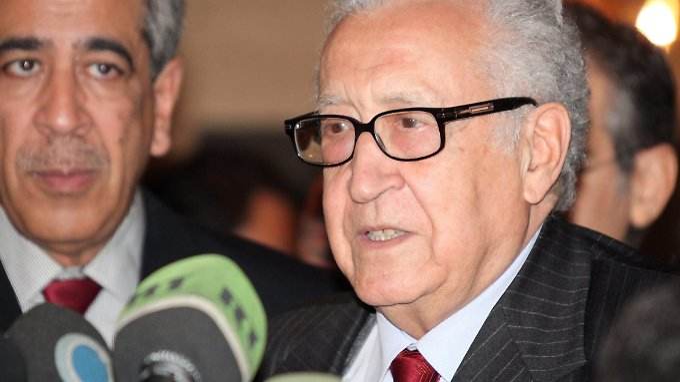 Lakhdar Brahimi bei seinem dritten Besuch in Damaskus.