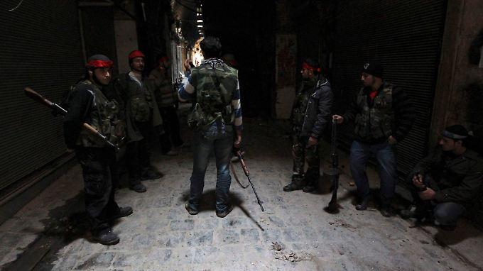 Rebellen in der Altstadt von Aleppo.