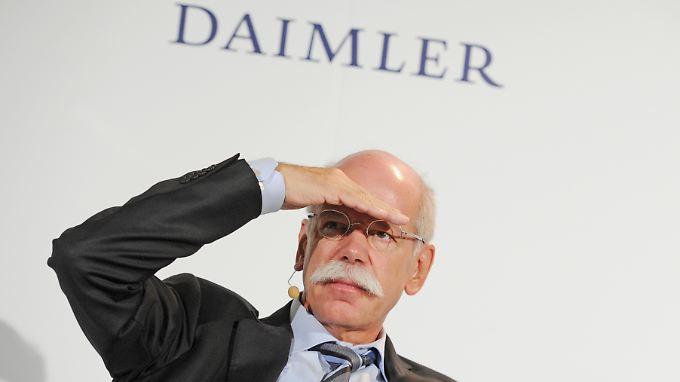 Daimler-Chef Zetsche will die Rivalen BMW und Audi schon vor 2020 wieder überrunden.