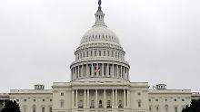 Der US-Kongress stimmt den Maßnahmen der Geheimdienste zu.
