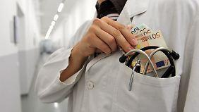 Kassen und Union fordern Gesetz: Korrupte Ärzte sollen bestraft werden