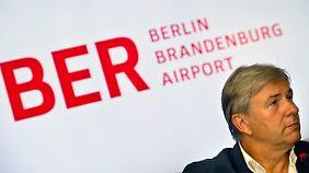 Für Wowereit wird es eng: BER-Eröffnung erneut verschoben