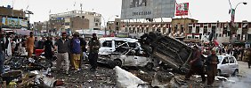 Hunderte in Pakistan verletzt: Dutzende Tote nach Explosionen