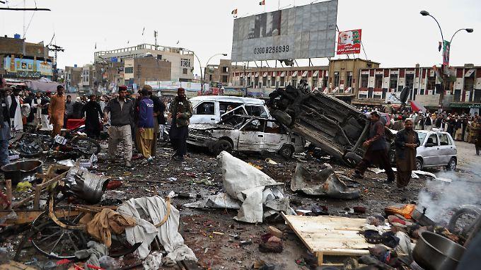 In Quetta ging der erste Sprengsatz hoch.