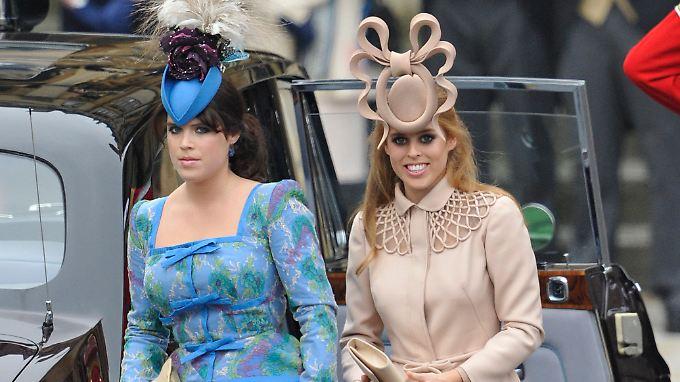Haben zumindest 'ne Menge auf dem Kopf: Eugenie (l) und Beatrice.
