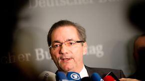 Chaos-Flughafen BER: Verkehrsausschuss befragt Platzeck