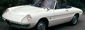 So wie der Alfa Romeo Spider Duetto aus dem Jahr 1966 wird der bei Mazda ab 2015 gebaute Roadster wohl nicht aussehen.