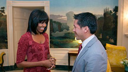 first lady mit neuer frisur michelle obama trägt jetzt