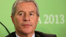 Bankchef Fitschen auf der Internationalen Grünen Woche in Berlin. Er hat sich für seine Ankündigung die Pressekonferenz des Global Forum for Food und Agriculture ausgesucht.