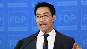 """Rösler dankt Wählern: """"Ein großer Tag für die FDP"""""""