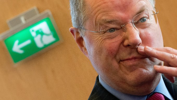 Atmet nach der Niedersachsen-Wahl auf: Kanzlerkandidat Steinbrück.