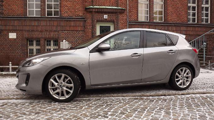 Mit optischen und technischen Modifikationen hat Mazda die Nummer 3 seiner Baureihe bereits Ende 2011 bedacht.