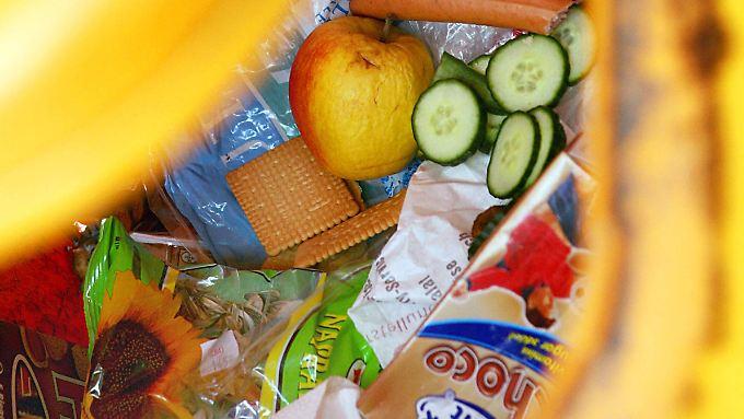 Wir haben es selbst in der Hand: Mit ein bisschen Nachdenken müssen Lebensmittel nicht in den Müll.
