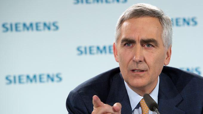 Siemens-Chef Löscher stellt sich heute den Fragen der Aktionäre. Auf dem diesjährigen Treffen dürfte es ans Eingemachte gehen.