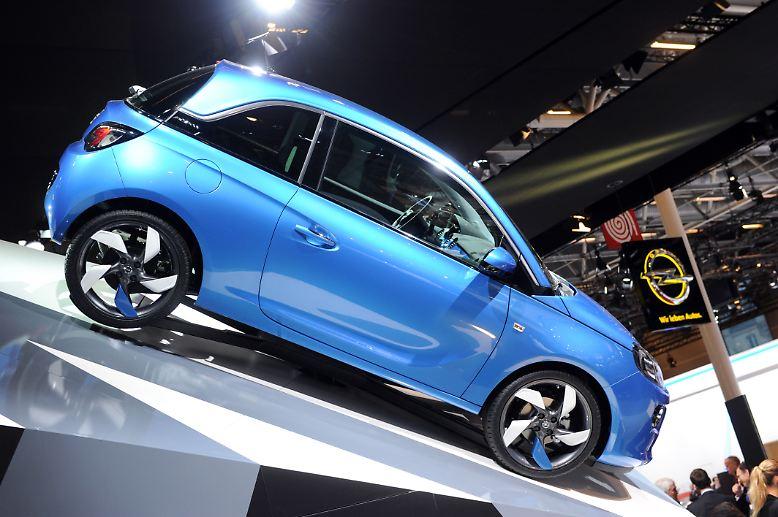 Der deutsche Automarkt hat einen schwachen Start ins Jahr 2013 hingelegt. Im Januar wurden 192.000 Pkw neu zugelassen. Damit setzt sich der Abwärtstrend aus 2012 weiter fort.