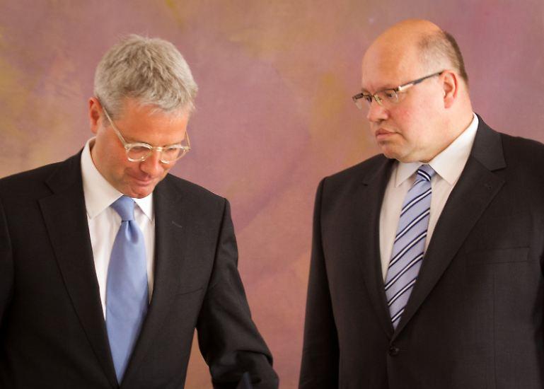 Für Röttgen kommt CDU-Fraktionsgeschäftsführer Peter Altmaier ins Amt.