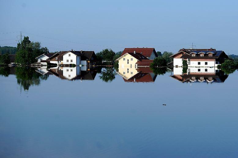 Am 3. Juni muss Landrat Christian Bernreiter den Katastrophenfall für den Landkreis Deggendorf ausrufen.