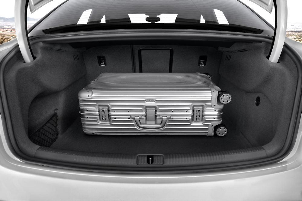 audi bringt a3 limousine n. Black Bedroom Furniture Sets. Home Design Ideas