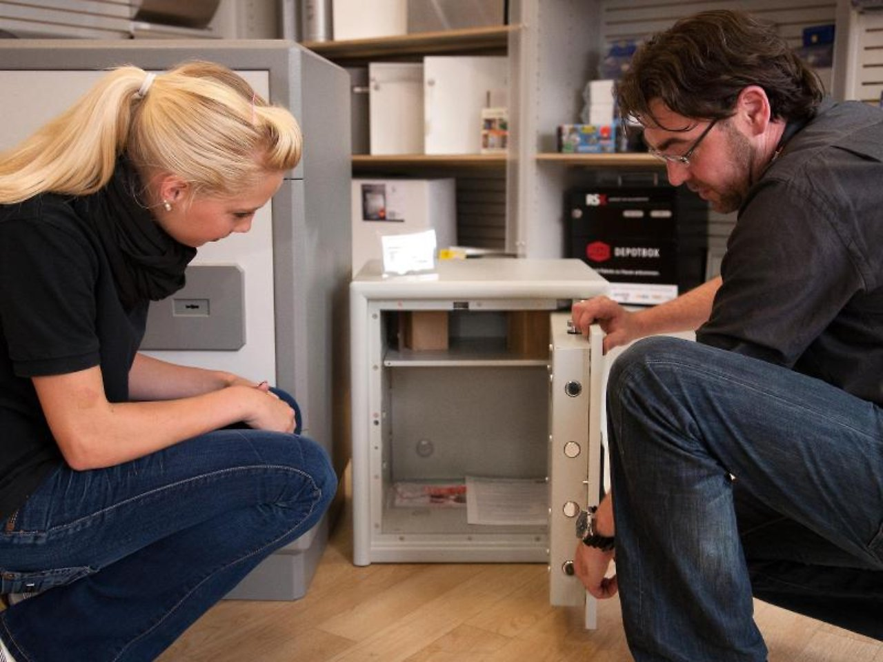 sicher ist sicher wertsachen in den eigenen safe n. Black Bedroom Furniture Sets. Home Design Ideas