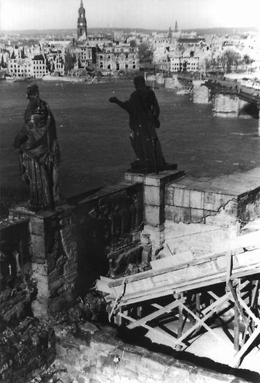 Dresden im Jahr 1945.