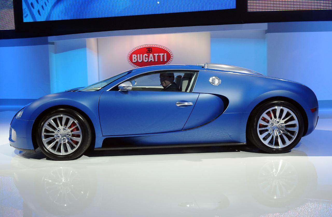 nachfolger wird noch rasanter bugatti verkauft letztes veyron modell n. Black Bedroom Furniture Sets. Home Design Ideas