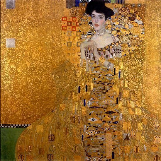 """""""Die Frau in Gold"""" erzählt die wahre Geschichte des Klimt-Gemäldes """"Helene Bloch-Bauer I"""". Helen Mirren spielt die rechtmäßige jüdische Erbin, die bis vor das höchste US-Gericht zieht und den Staat Österreich verklagt, um Gerechtigkeit zu erfahren. Bilder aus dem Film."""