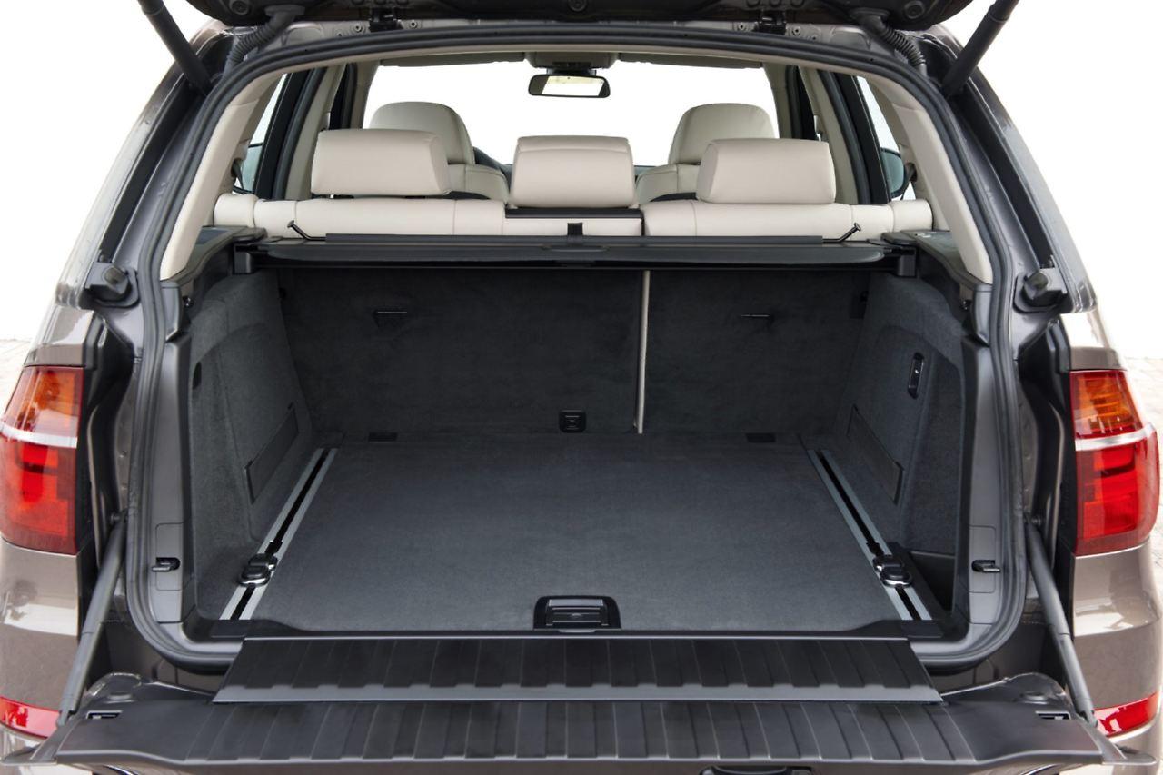 kaum schw chen ber die zeit bmw x5 gebraucht f r asphalt cowboys n. Black Bedroom Furniture Sets. Home Design Ideas