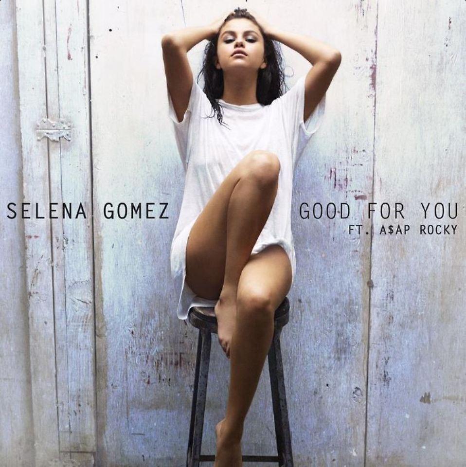Selena Gomez strippt nackt
