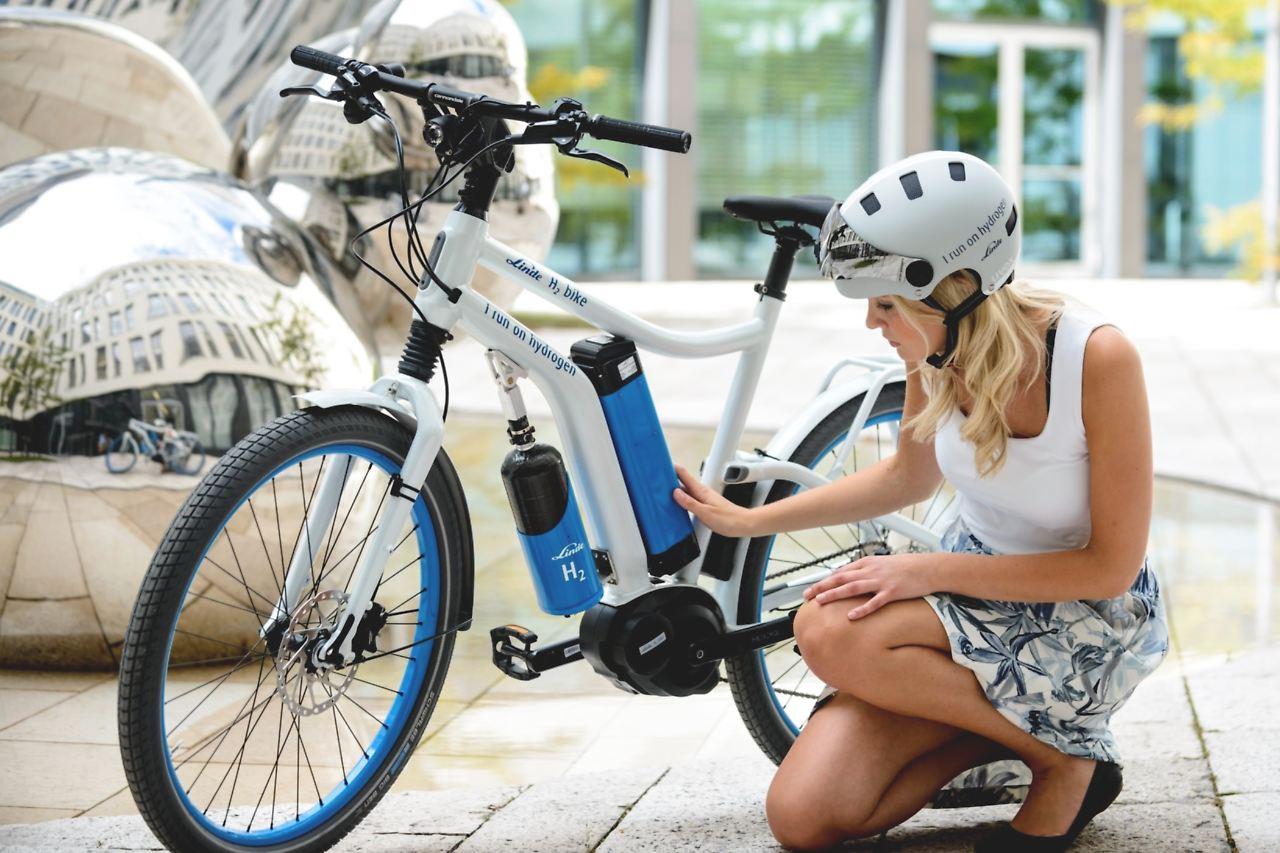 wasserstoff fahrrad von linde nichts als muskelkraft und dampf n. Black Bedroom Furniture Sets. Home Design Ideas