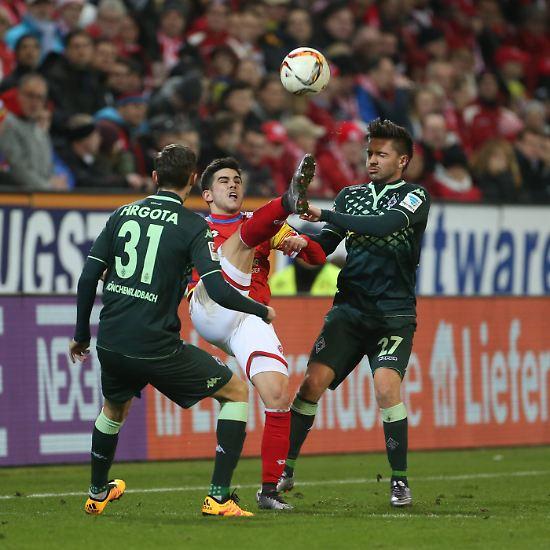 FSV Mainz 05 - Borussia Mönchengladbach 1:0 (1:0).