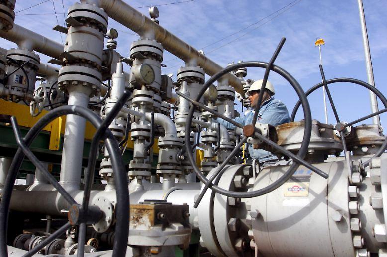 Der Ölpreis ist seit Mitte Juni vergangenen Jahres um 70 Prozent eingebrochen.