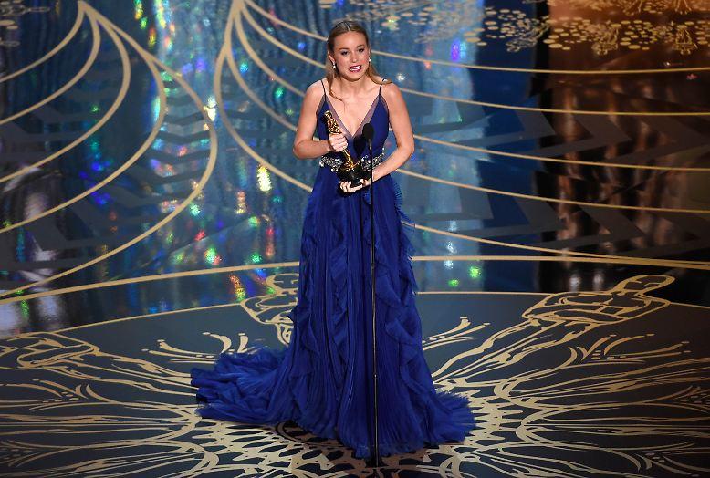 Hier kann sie es noch gar nicht richtig glauben. Es ist der Moment, in dem Brie Larson zu begreifen versucht, ...