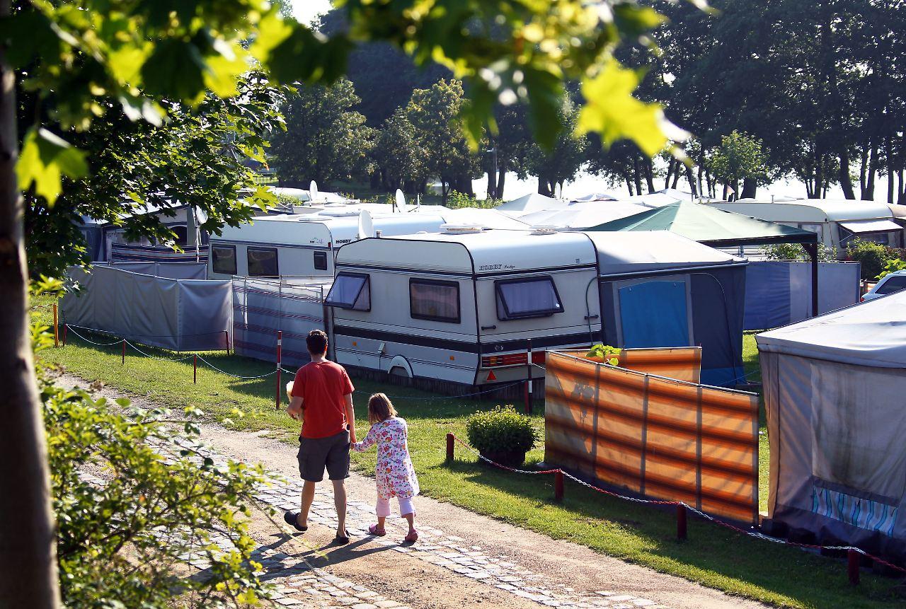 29 millionen bernachtungen urlaub auf dem campingplatz. Black Bedroom Furniture Sets. Home Design Ideas
