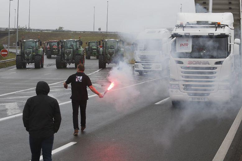 Die Wut bricht sich Bahn im Norden Frankreichs.