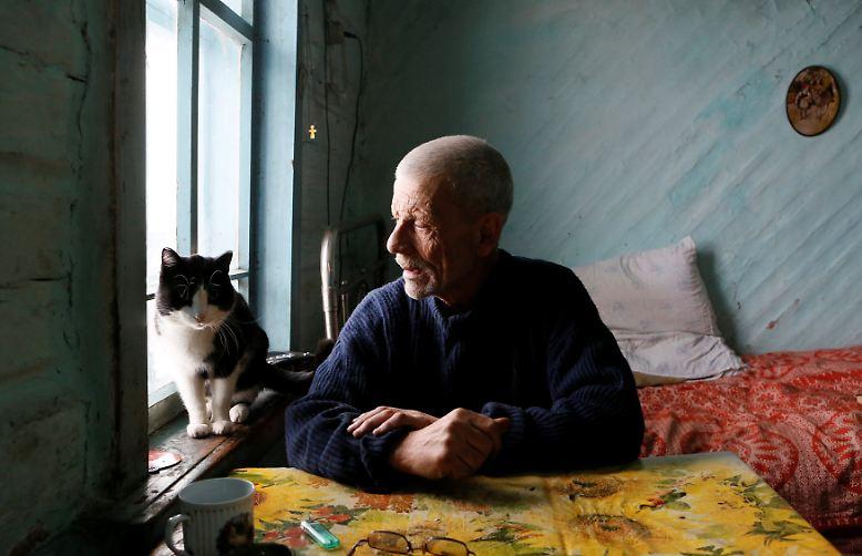 Wenn Michail Baburin aus dem Fenster sieht, erwartet er nicht, einen Nachbarn zu beobachten.