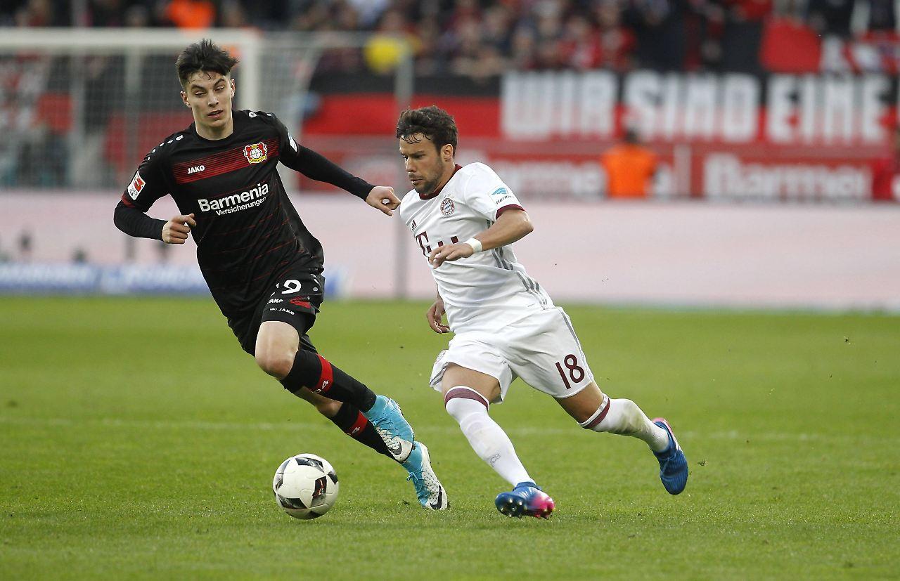 Fußball-BundesligaLeverkusen unterliegt Schalke 1:4