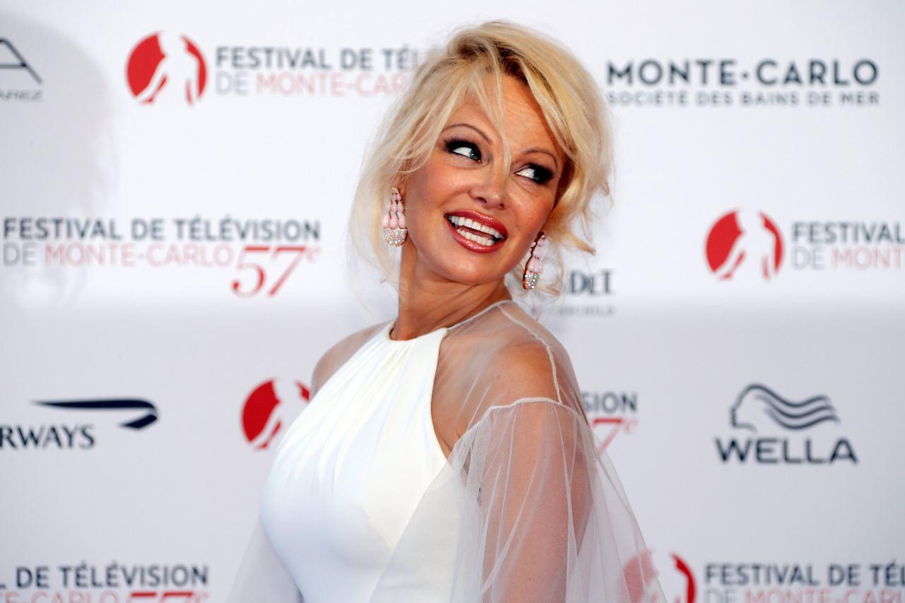Pamela Anderson: Ist Pamela Anderson mit diesem Fußballstar zusammen?