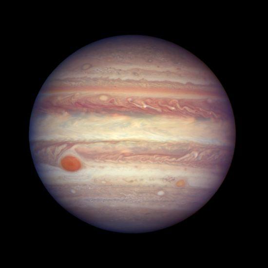 Geschafft: Das Überfliegen und Fotografieren des Großen Roten Flecks des Jupiters gilt als erfolgreicher Höhepunkt der Juno-Mission.