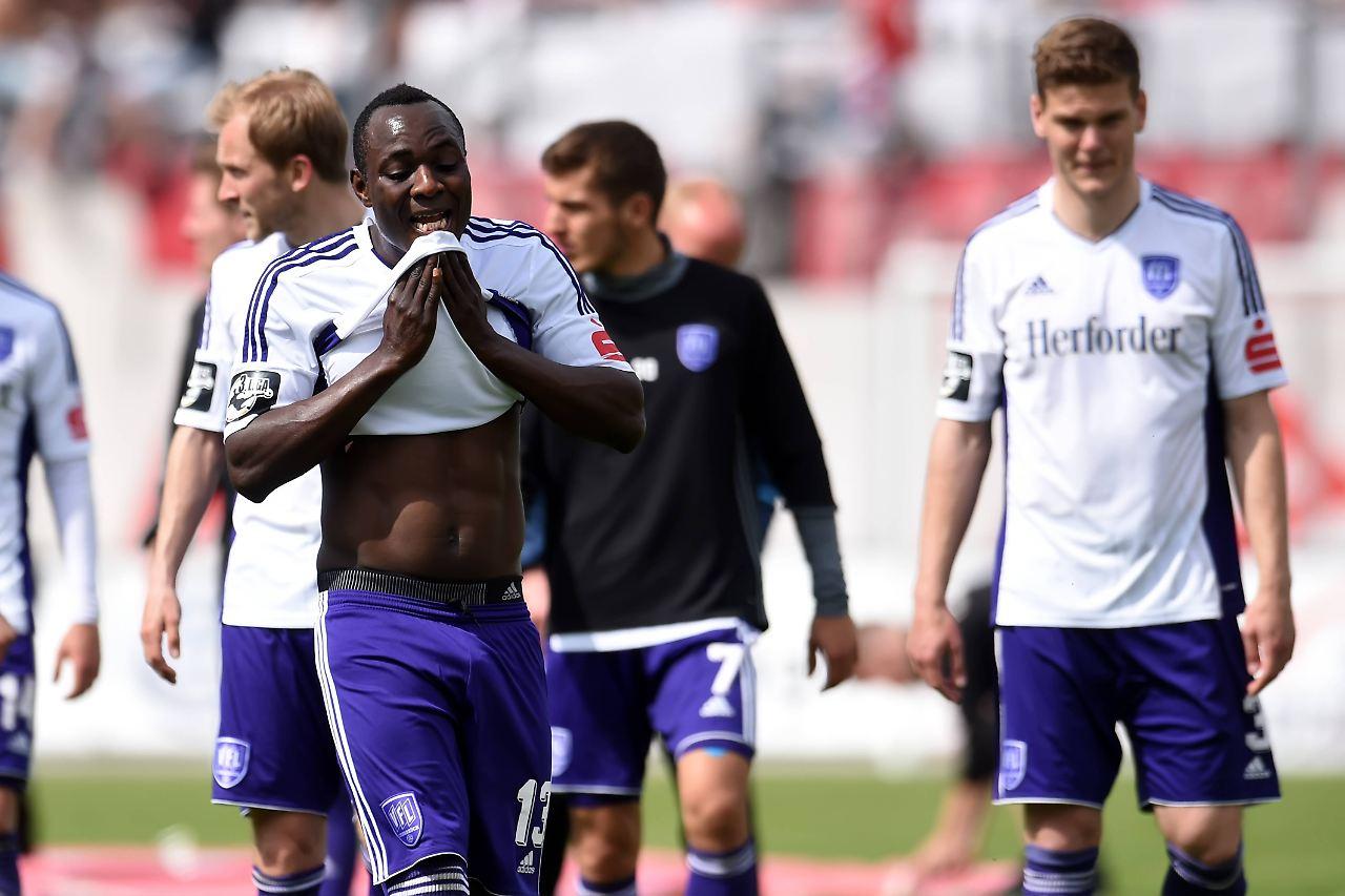 Rehdens Stürmer Addy Menga für vier Spiele gesperrt