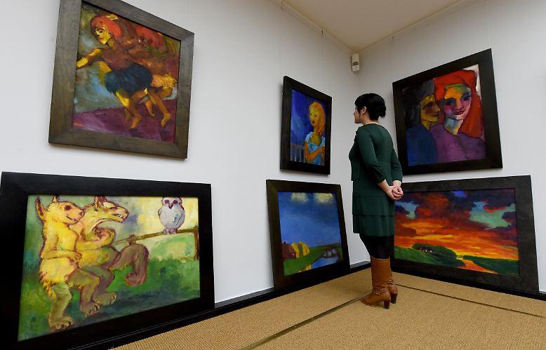 Er ist der Maler, der mit knalligen Farben zauberte, …
