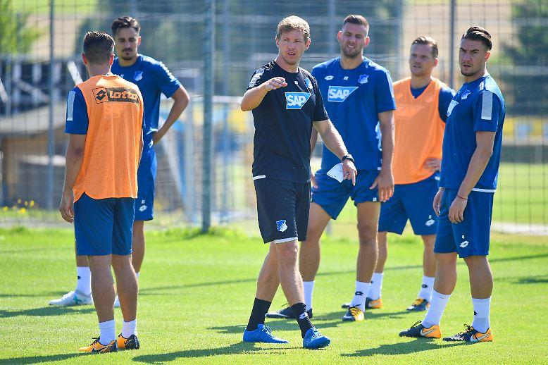Anfang Juli haben die meisten Fußball-Bundesligisten mit ihrer Vorbereitung begonnen.