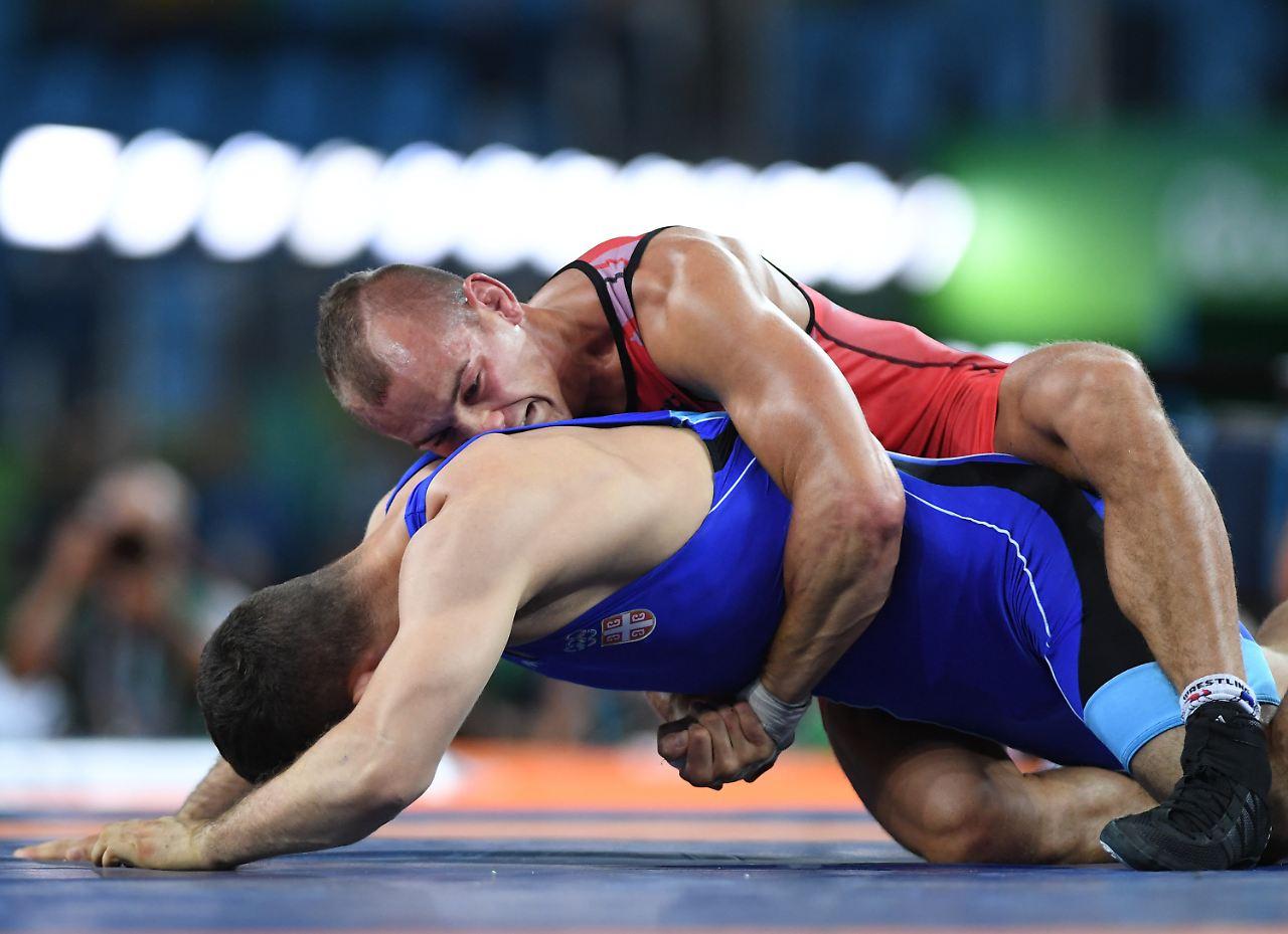 Deutsche Ringer haben WM-Silber sicher