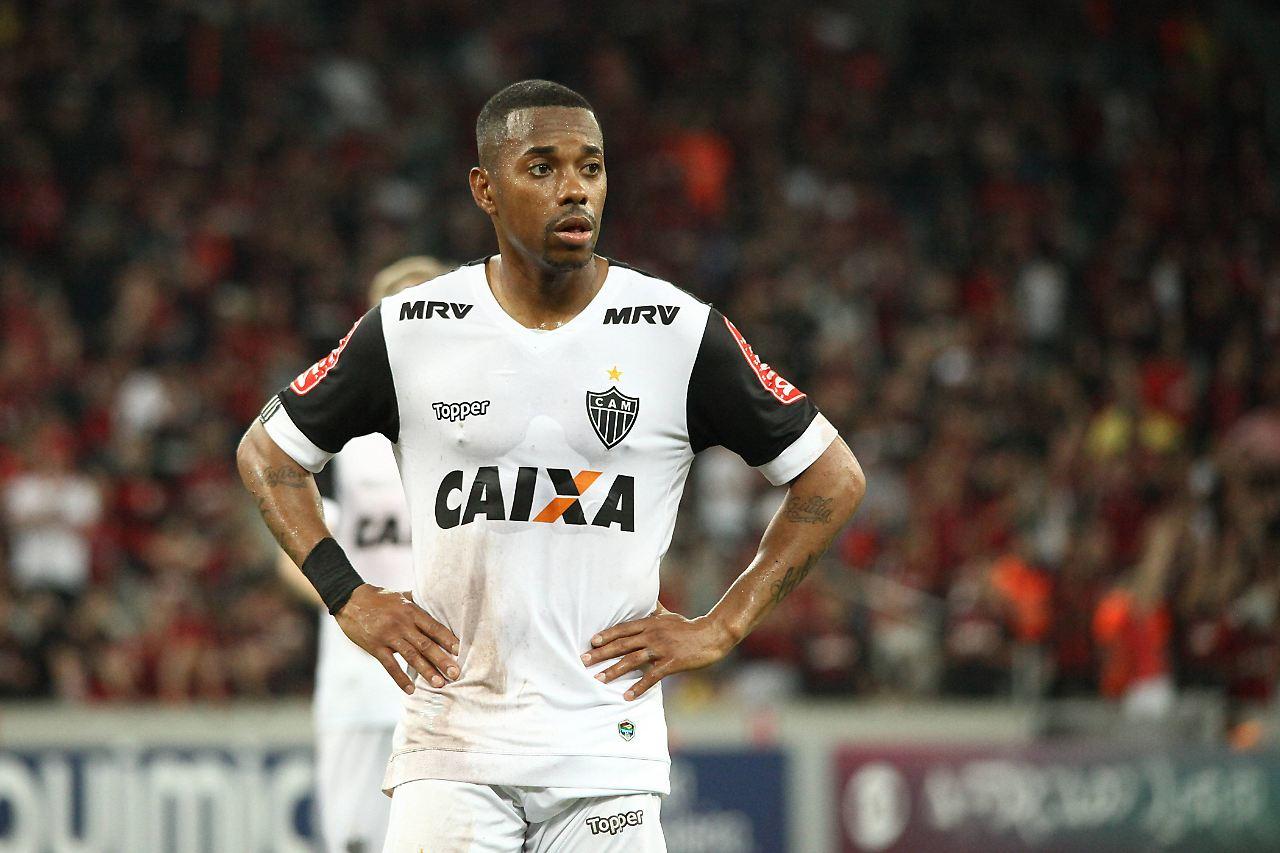 Wegen Gruppenvergewaltigung: Fußballstar Robinho zu neun Jahren Gefängnis verurteilt