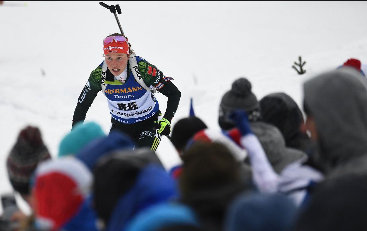 Weltcup in Annecy Dahlmeier feiert 1. Saisonsieg! Schempp verpasst wieder Podium