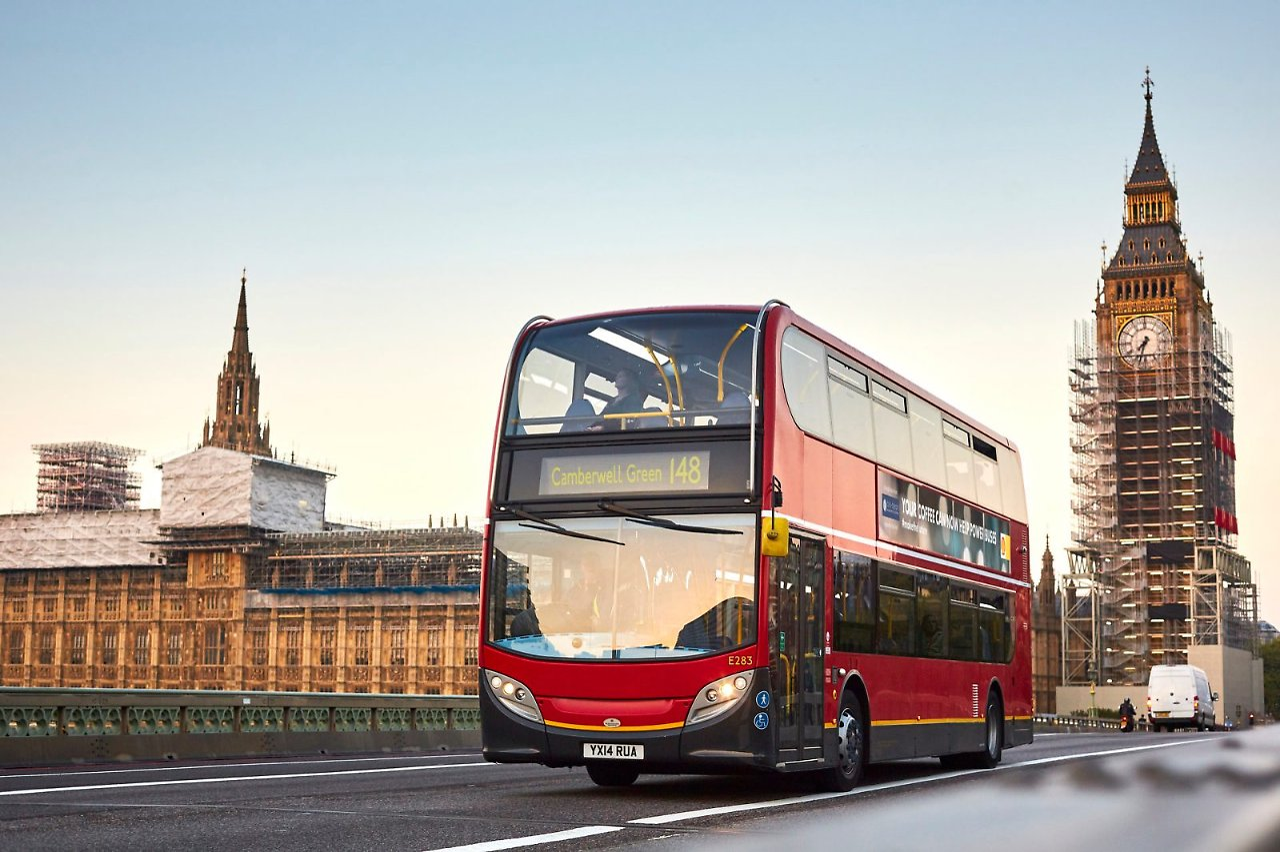 umweltfreundliche technologie londoner bus f hrt mit kaffee diesel n. Black Bedroom Furniture Sets. Home Design Ideas