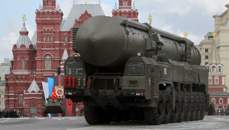 Die Russen lieben ihre Militärparaden.